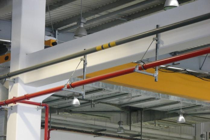 钢结构混凝土厂房支架安装